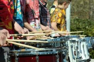 trommer på række